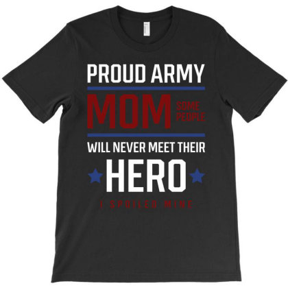 Proud Army Mom - Mothers Day Gift Cool T-shirt Designed By Diogo Calheiros