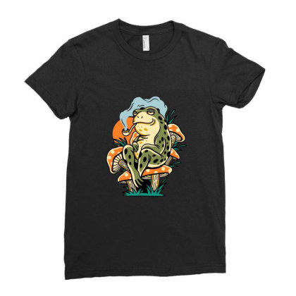 Chill Frog Ladies Fitted T-shirt Designed By Onzin