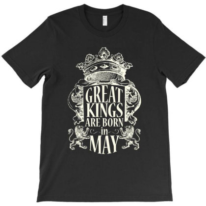 Kings Are Born In May_light T-shirt Designed By Arteriamix