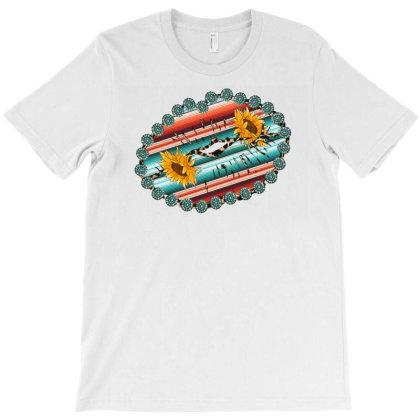 Western Lips T-shirt Designed By Badaudesign