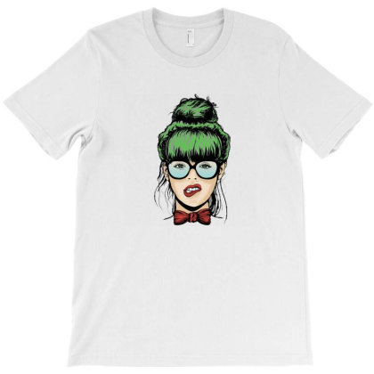 Div Chick T-shirt Designed By Buanans