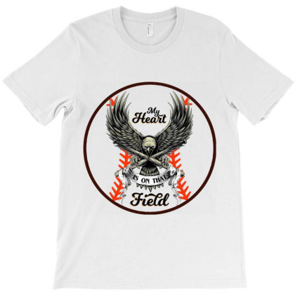 My Heart Is On That Field T-shirt Designed By Hatta1976