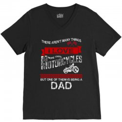 This Dad Loves Motorcycles V-Neck Tee | Artistshot